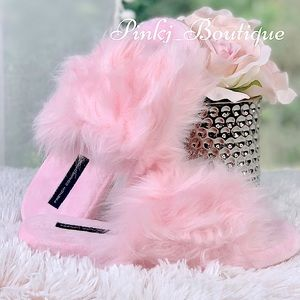 💗Pink {FAUX FUR} Fluffy Sassy Slippers!